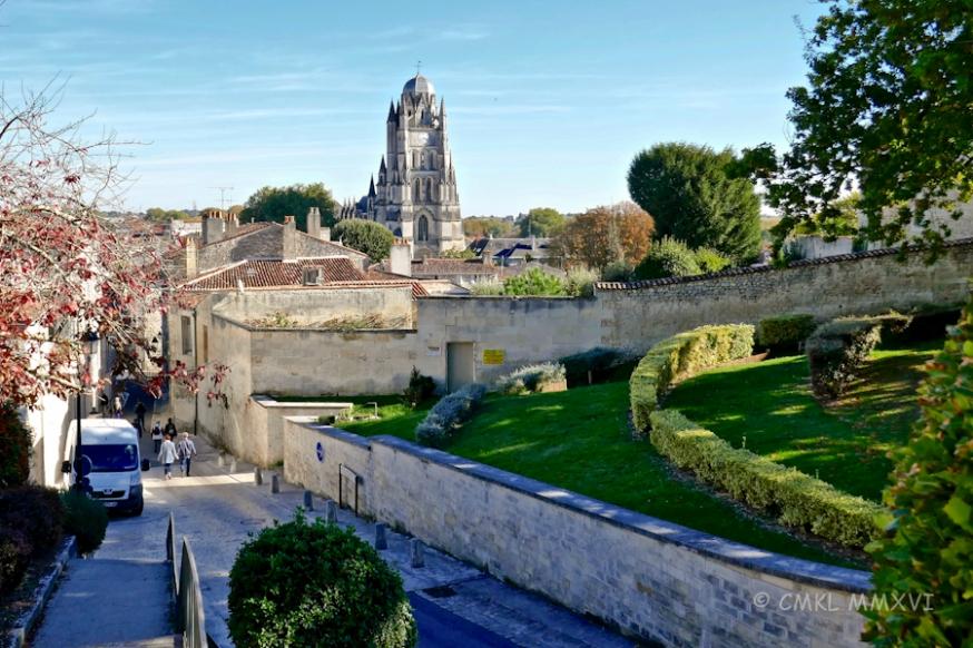 Urban Scenes Saintes