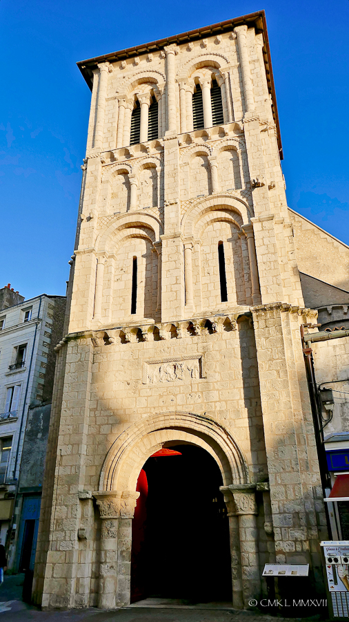 Poitiers.Town.01-1270130