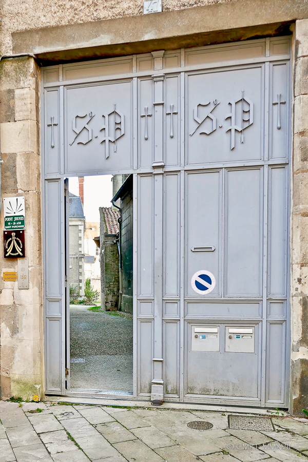 Poitiers.Town.02-1270134